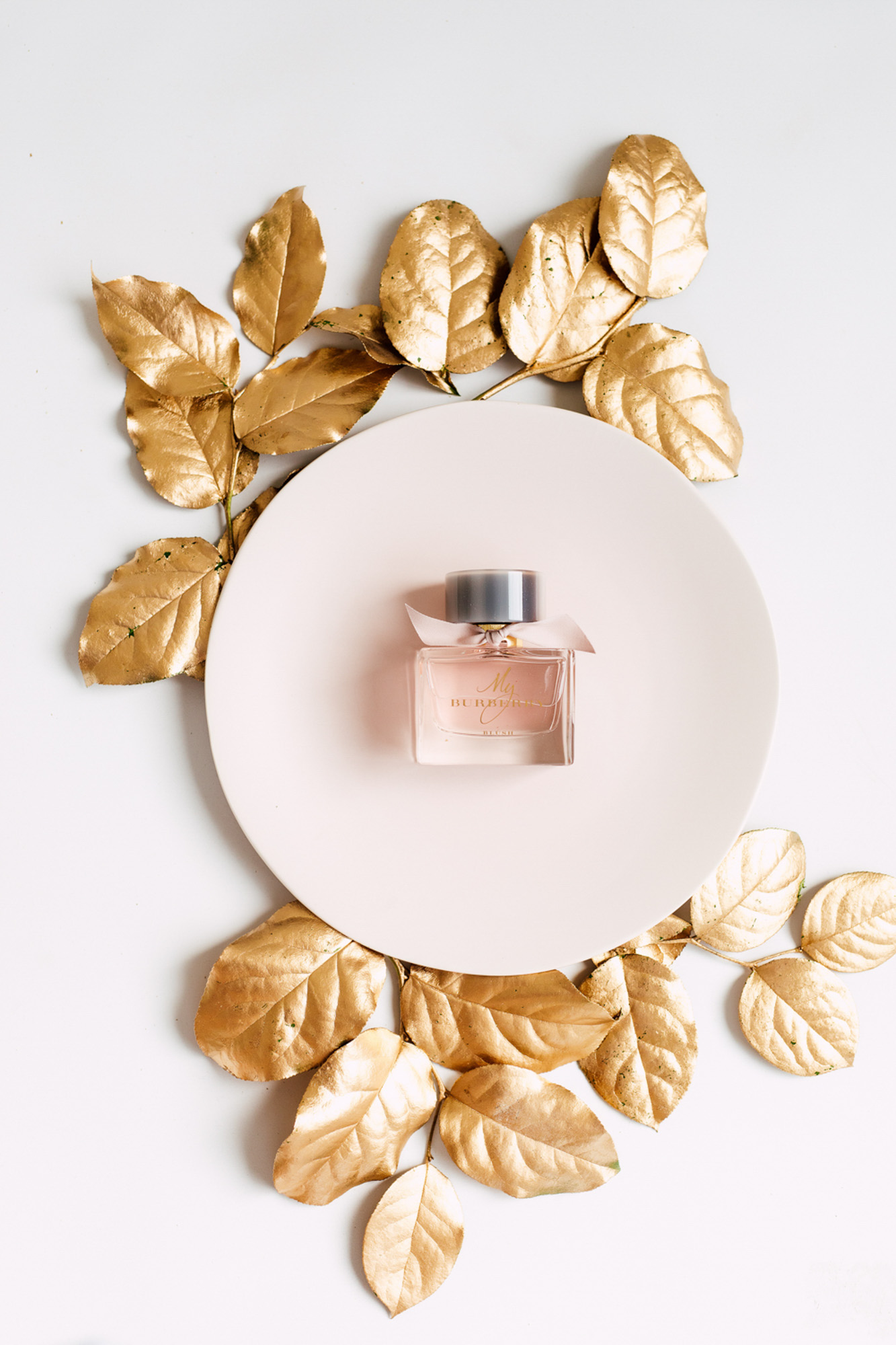 perfume plate pink