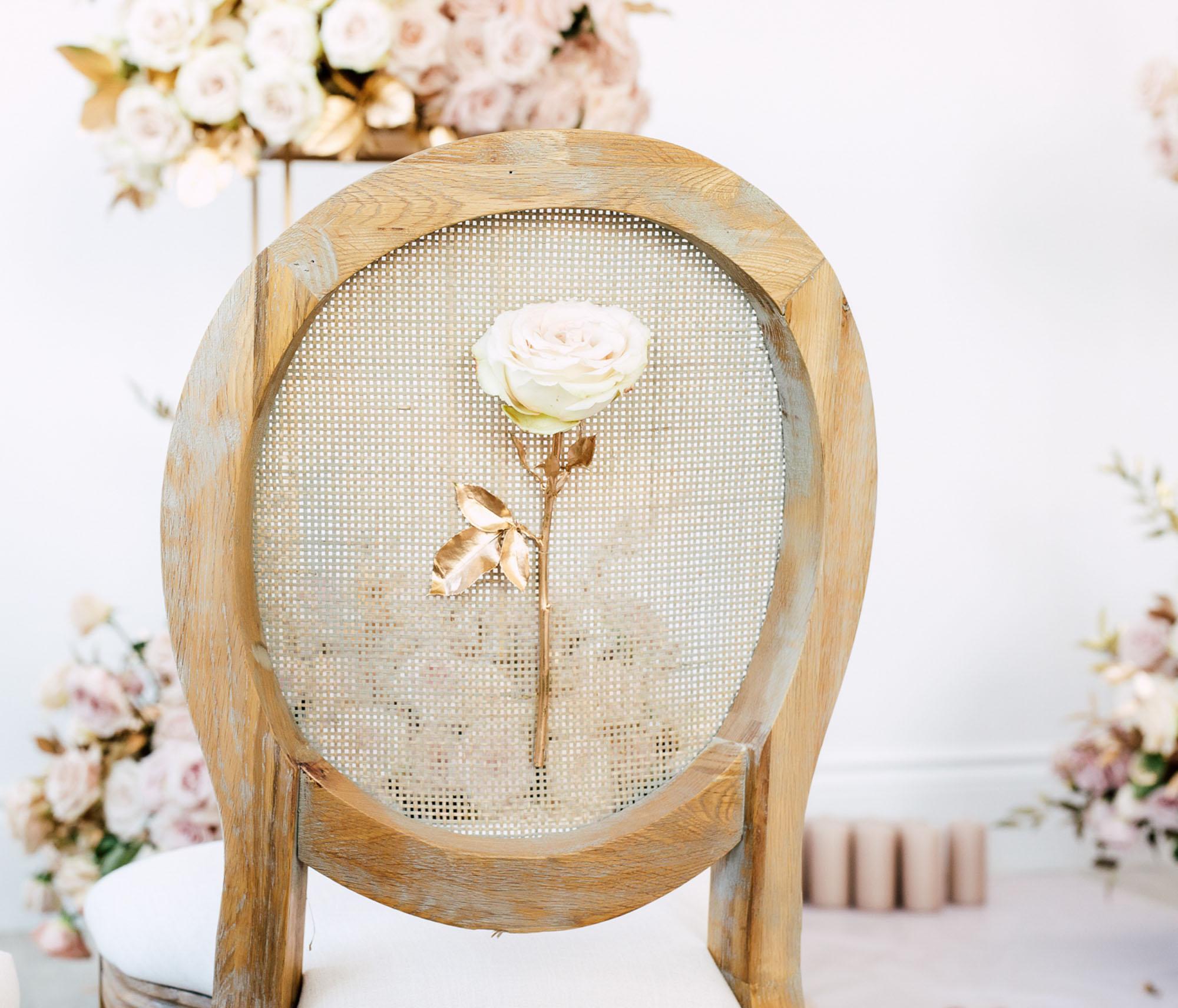 chair single rose