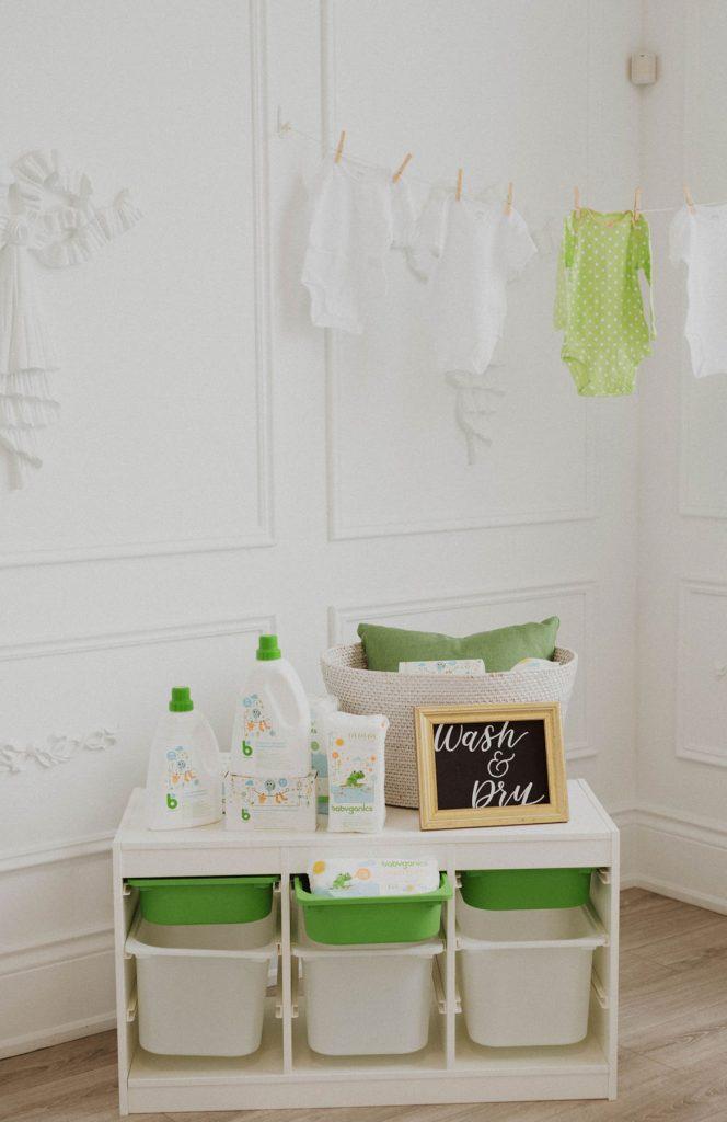 Babyganics Product Station