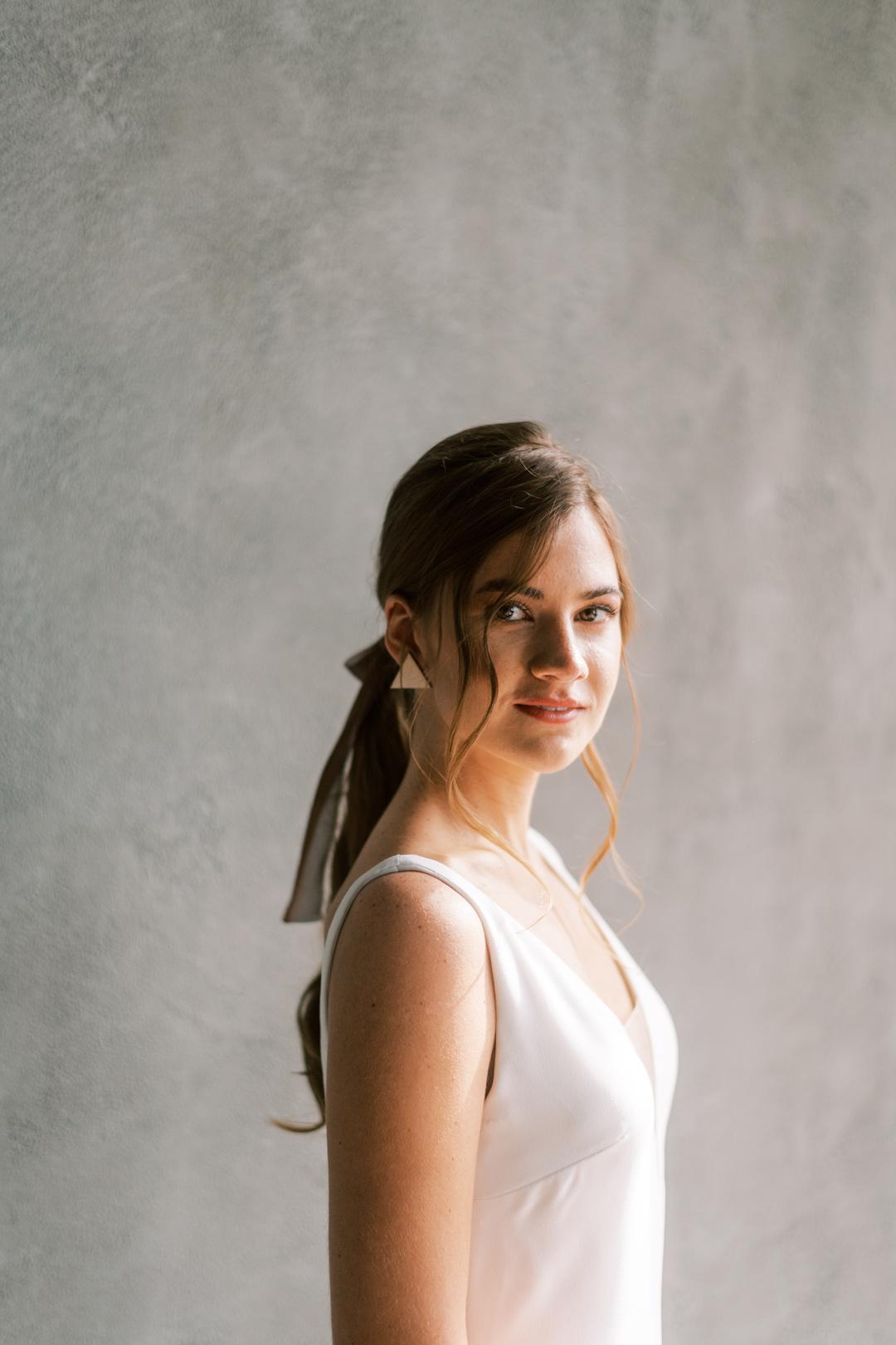 Portrait of a woman in white wedding dress